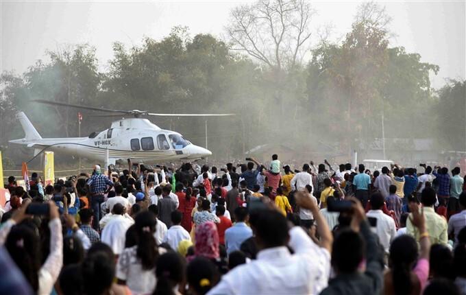 ఫోటోలు:  అస్సాం ఎన్నికల ప్రచారంలో కాంగ్రెస్ నాయకురాలు ప్రియాంకా గాంధీ
