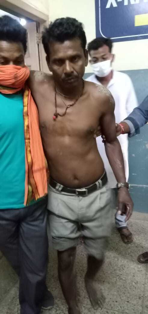 BJP Workers Attacked By Trinamool In South Belegachhi
