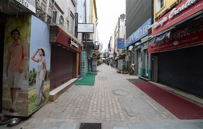ലോക്ക്ഡൗണില് രാജ്യതലസ്ഥാനം, ദില്ലിയിലെ ചിത്രങ്ങള്