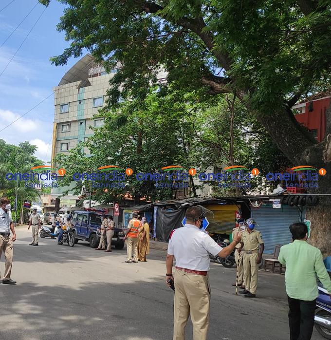 ಚಿತ್ರಗಳು: ಅನಗತ್ಯವಾಗಿ ರಸ್ತೆಗಿಳಿದ ವಾಹನ ಸವಾರರ ವಿರುದ್ಧ ಪೊಲೀಸರ ಕಾರ್ಯಾಚರಣೆ