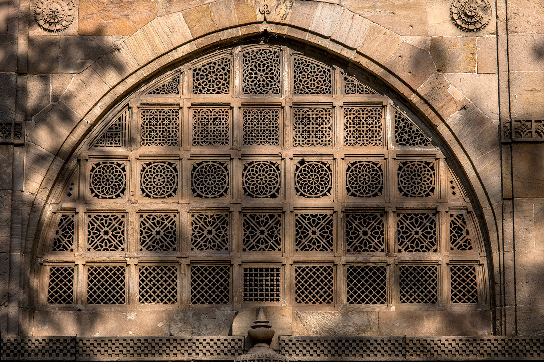 સીદી સૈયદની જાળીની કોતરણી જોઈ તમે ચકિત થઈ જશો