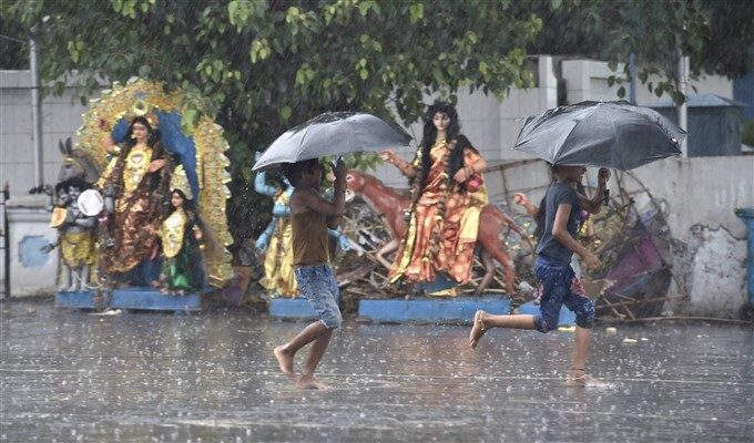 Cyclone Yaas: Heavy Rain Lashes In West Bengal