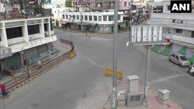 COVID-19 2nd Wave: Corona Curfew Till May 6th In Uttar Pradesh