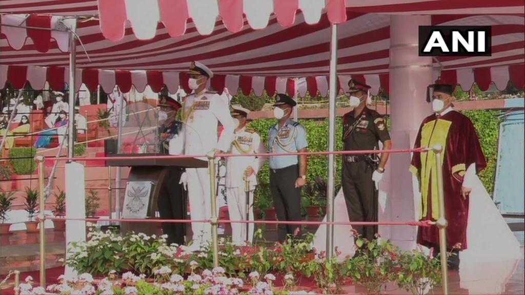 നാഷണൽ ഡിഫൻസ് അക്കാദമിയിലെ പാസ്സിംഗ് ഔട്ട് പരേഡ്, ചിത്രങ്ങൾ