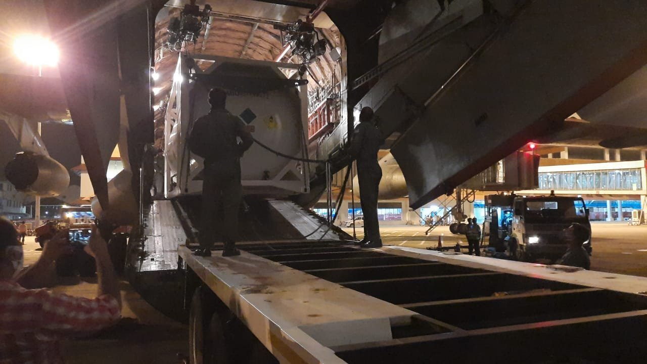 20 Tons Of Oxygen From Singapore Arrives In Kochi Airport