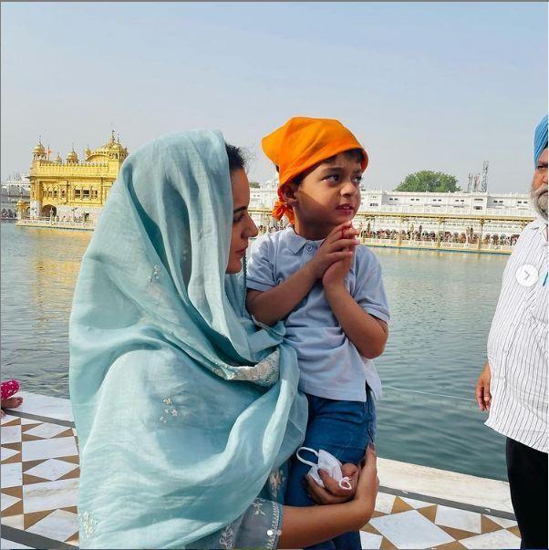 પોતાના પરિવાર સાથે પહેલીવાર સુવર્ણ મંદિર પહોંચી કંગના રાણાવત