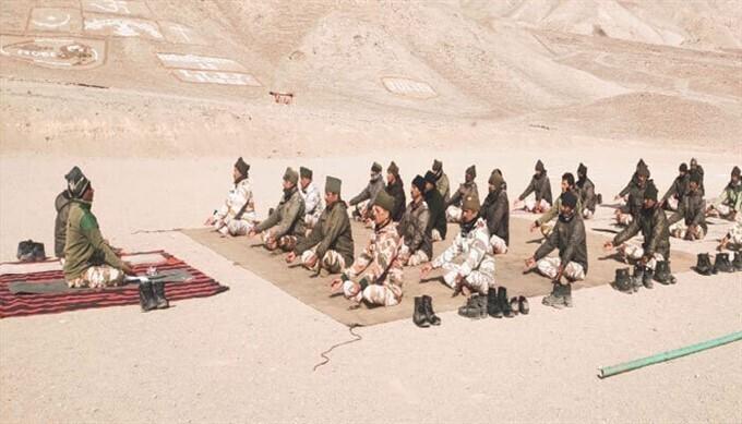 ১৮,০০০ ফুট উচ্চতায় আইটিবিপি জওয়ানদের যোগ দিবস পালন, দেখুন একনজরে