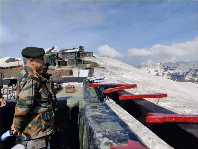 Army Chief Of Staff General MM Naravane Reviews Security Along LoC In Jammu