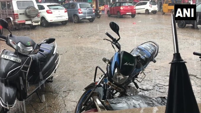 Heavy Rain Lashes Parts Of Kerala