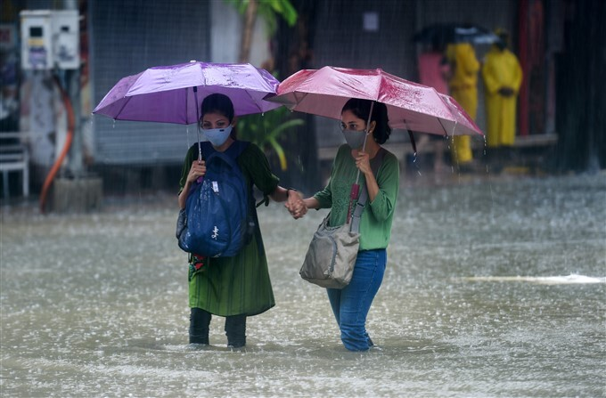 Flooded Roads And Railway Track Due To Heavy Rain In Mumbai