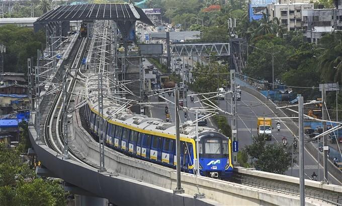 MH CM Uddhav Thackeray Flags Off The First Trial Run Of Mumbai Metro Line 2A And 7, In Mumbai