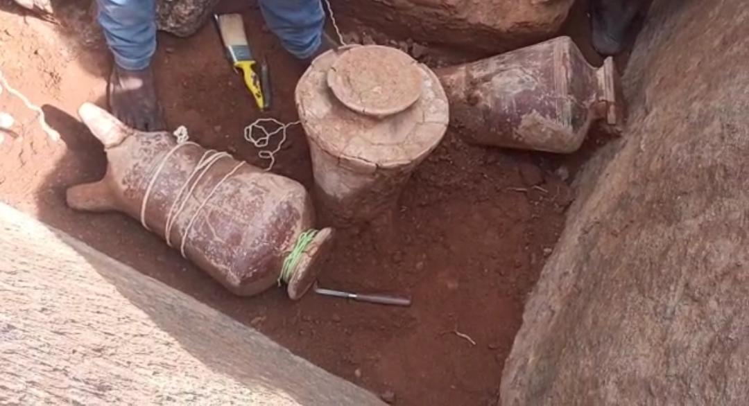 மயிலாடும்பாறையில்..2500 ஆண்டுகளுக்கு முற்பட்ட பொருட்கள்.. தொல்லியல் துறை கண்டெடுப்பு!