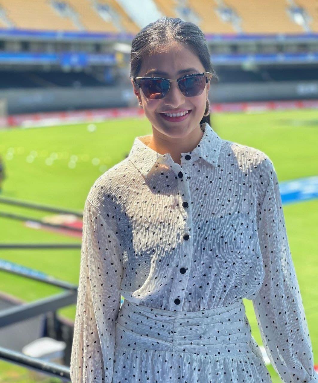 ভারতীয় ক্রিকেটার যুজবেন্দ্র চাহালের ইউটিউবার স্ত্রী ধনশ্রী-র ভাইরাল ছবি
