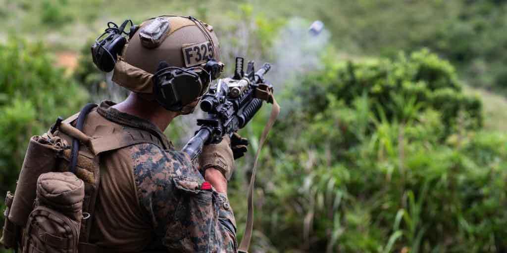 ये हैं दुनिया के सबसे खतरनाक कमांडो,पीते हैं जिंदा कोबरा का खून