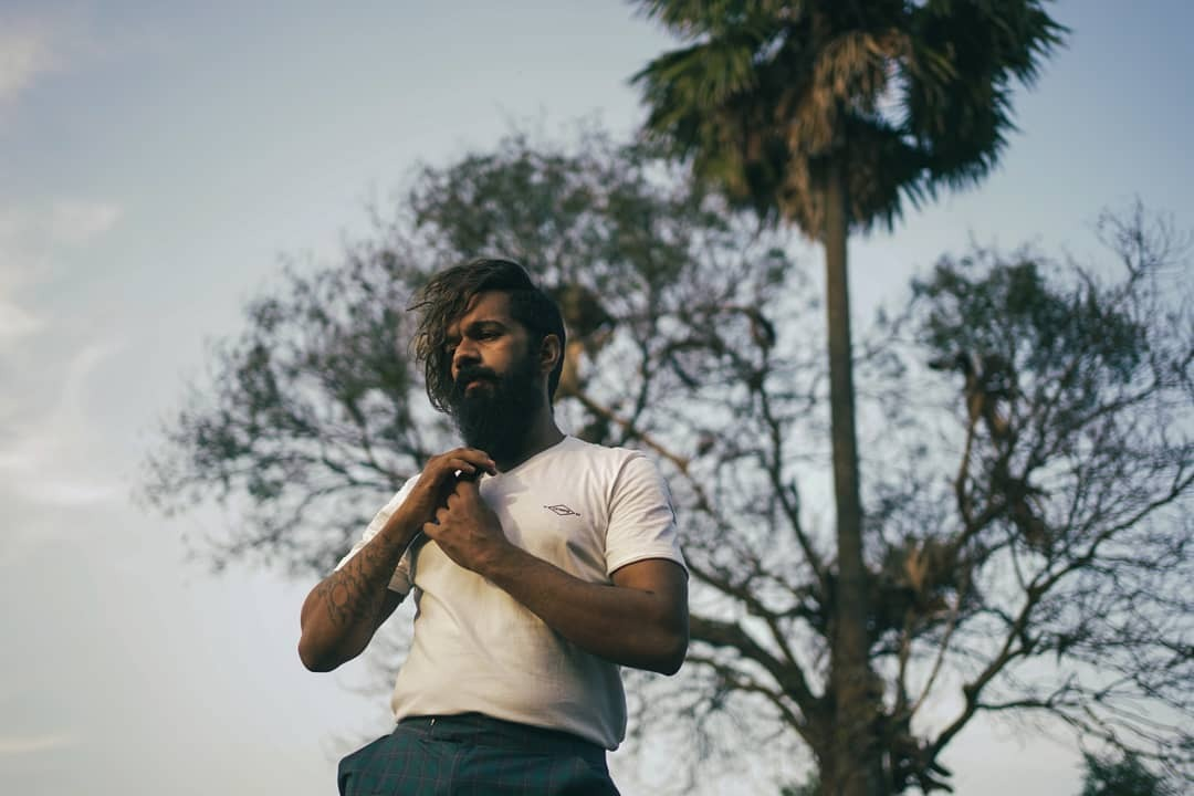 ബറോസ് ലുക്കില് കിടുക്കി ബിഗ് ബോസ് താരം സായ് വിഷ്ണു: വൈറലായി ചിത്രങ്ങള്