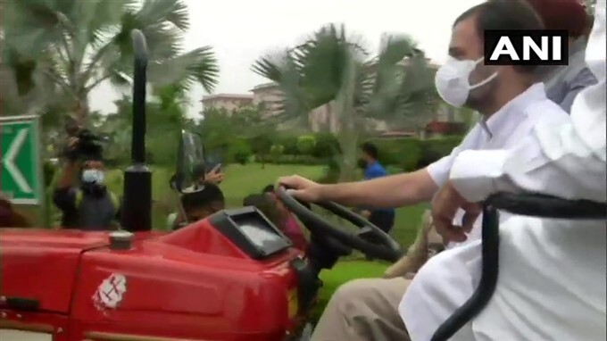 Congress Leader Rahul Gandhi During Tractor In Parliament In Support Farmers
