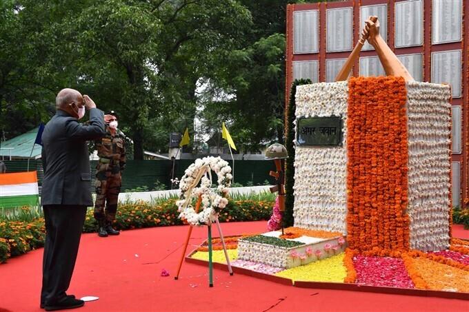 Kargil Vijay Divas: सेना के जज्बे को सलाम करता है पूरा देश