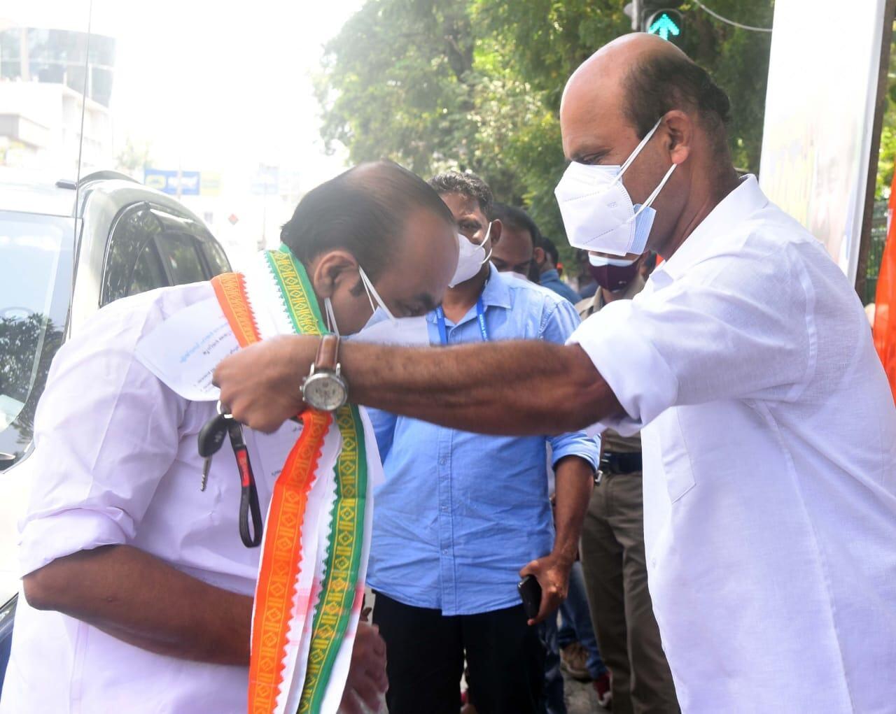 'വിവാഹ സമരം' മുതല്... സെക്രട്ടേറിയറ്റിന് മുമ്പില് പ്രതിപക്ഷ നേതാവ് പങ്കെടുത്ത വിവധ പ്രതിഷേധങ്ങള്, ചിത്രങ്ങള്