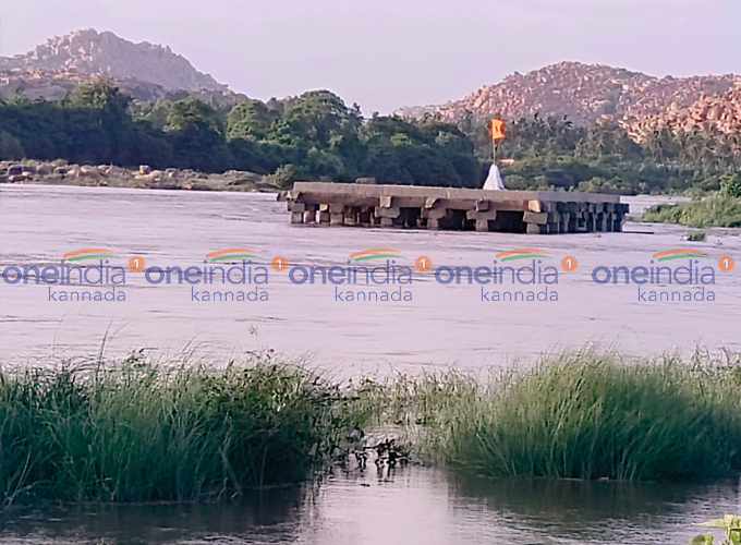 Purandara Mantapa Submerged In Hampi