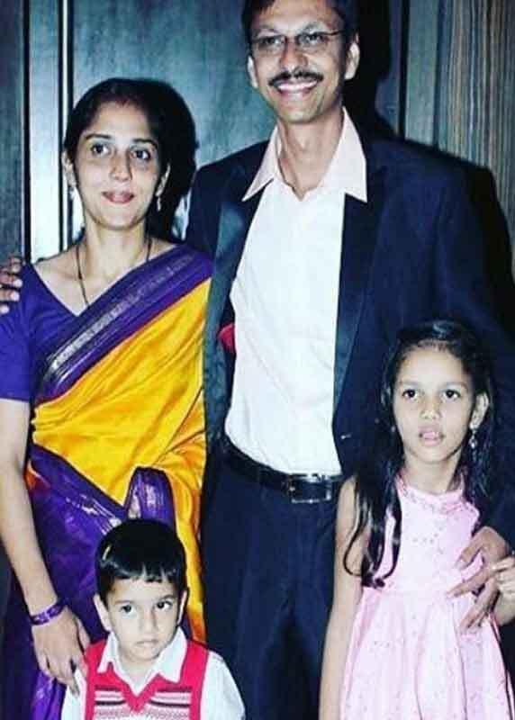 TMKOC शो के Most bachelor पोपटलाल असल जिंदगी में हैं 3 बच्चों के पिता