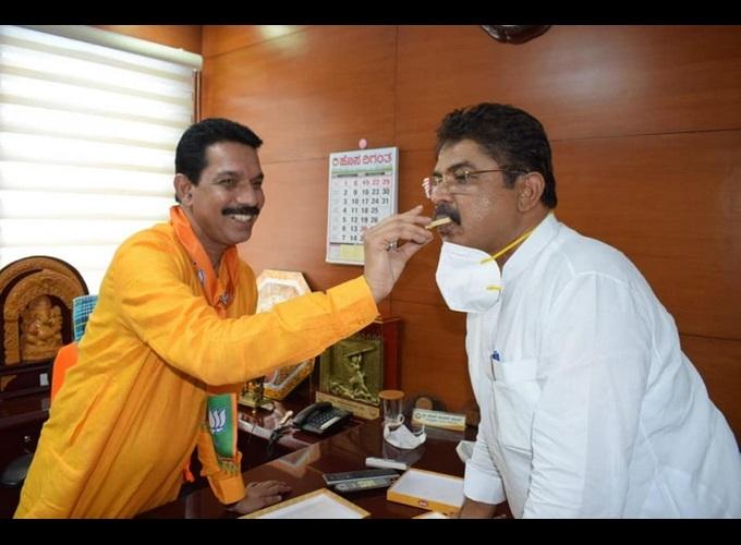 ಮುಖ್ಯಮಂತ್ರಿಯಾದ ಬಳಿಕ ಮೊದಲ ಬಾರಿ ಬಿಜೆಪಿ ಕಚೇರಿಗೆ ಆಗಮಿಸಿದ ಬಸವರಾಜ ಬೊಮ್ಮಾಯಿ