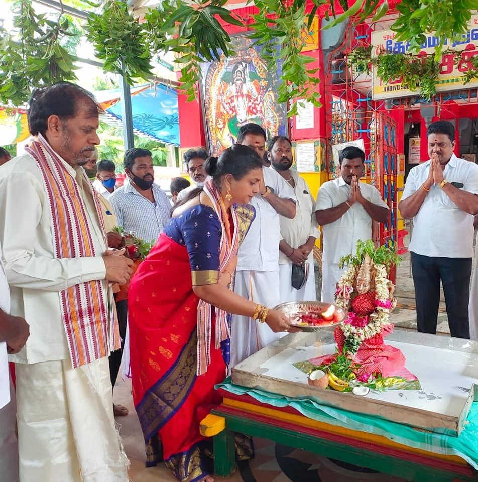 నగరిలో పలు వేడుకలకు హాజరైన ఎమ్మెల్యే రోజా దంపతులు