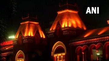স্বাধীনতা দিবস উপলক্ষ্যে সেজে উঠেছে ভারতের নানা প্রান্ত, দেখুন ছবি