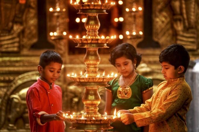 ಚಿತ್ರಗಳು: ಕೇರಳದಲ್ಲಿ ಓಣಂ ಹಬ್ಬದ ರಂಗು ಹೆಚ್ಚಿಸಿದ ಹೂವಿನ ರಂಗೋಲಿ