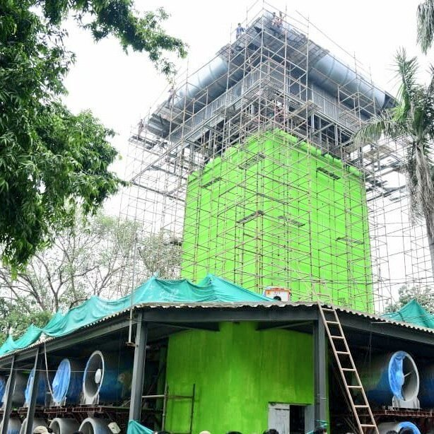 ನವದೆಹಲಿಯಲ್ಲಿ ಸಿಎಂ ಅರವಿಂದ್ ಕೇಜ್ರಿವಾಲ್ ಉದ್ಘಾಟಿಸಿದ ಹೊಗೆ ಗೋಪುರದ ಚಿತ್ರಗಳು