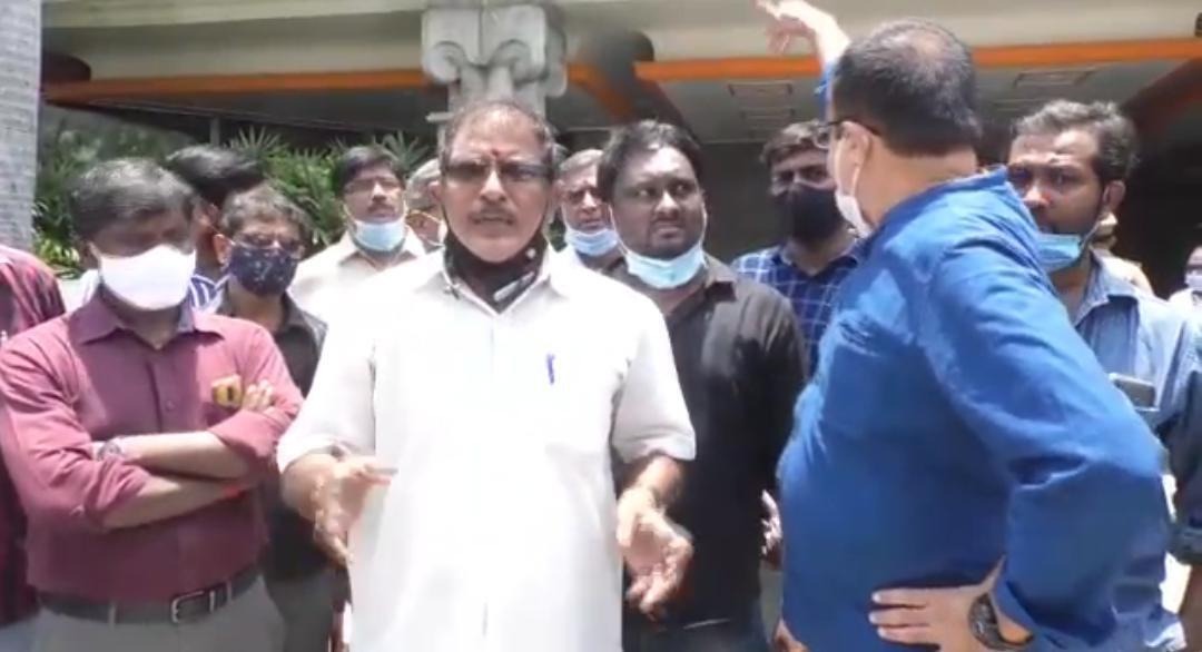 போராடுவோம் போராடுவோம்....லீ ராயல் மெரிடியன் ஹோட்டலில் ஆர்ப்பாட்டம்!....சென்னை கிண்டியில் பரபரப்பு!