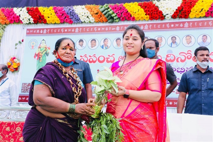 AP Deputy CM Pushpasrivani During World Tribal Day