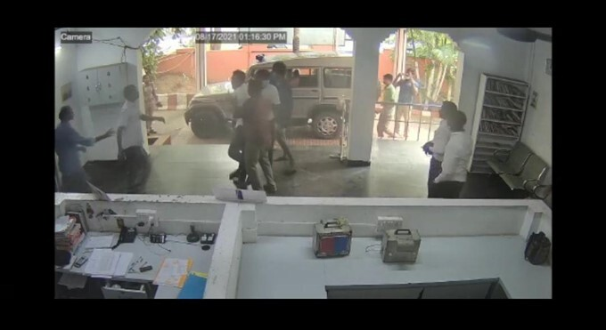 CCTV Footage Of Bilateral Lawyers Attacking Each Other At A Police Station In TN