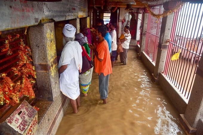 Heavy Rainfall Lashes In Uttar Pradesh
