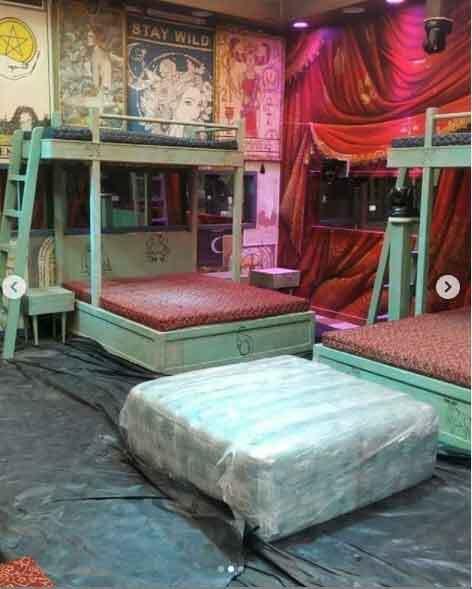 सोशल मीडिया पर Leak हुईं Bigg Boss 15 के घर की Inside तस्वीरें