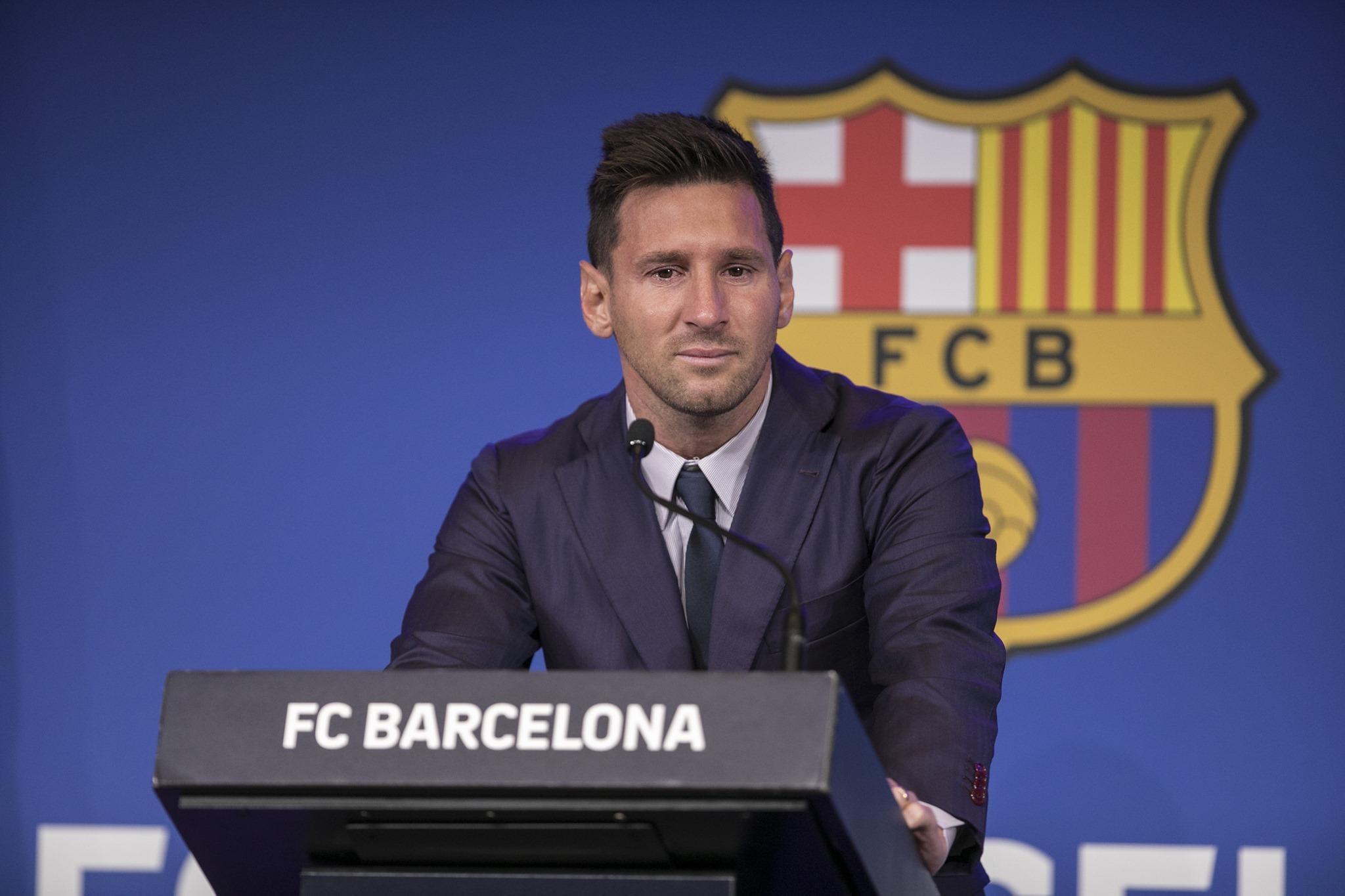 Lionel Messi:బార్సిలోనాకు గుడ్బై చెబుతూ భావోద్వేగానికి గురైన స్టార్ ప్లేయర్