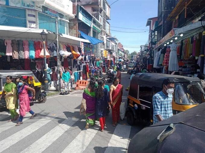 Photos: ಕೇರಳದಲ್ಲಿ ಓಣಂ ಹಬ್ಬಕ್ಕೆ ಸಿದ್ಧತೆಗಳು ಬಲುಜೋರು