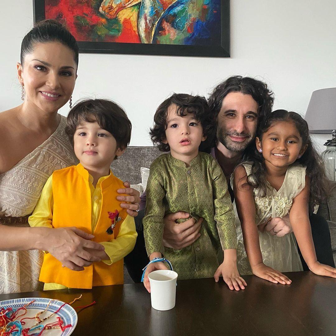 ഹൗ ക്യൂട്ട്... രാഖി കെട്ടി സണ്ണിയുടെ മക്കൾ.. കൂടുംബ ചിത്രം ഏറ്റെടുത്ത് ആരാധകർ