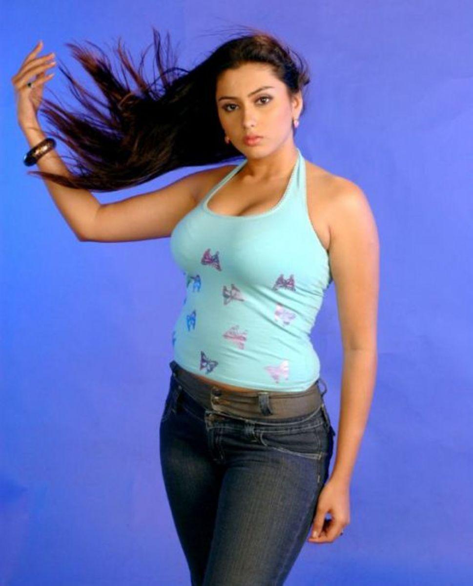 நான் அப்போவே அப்படி!...நமீதாவின் 17 வயது ஹாட் போட்டோ!....ஜொள்ளுவிடும் நமீ ரசிகர்கள்!