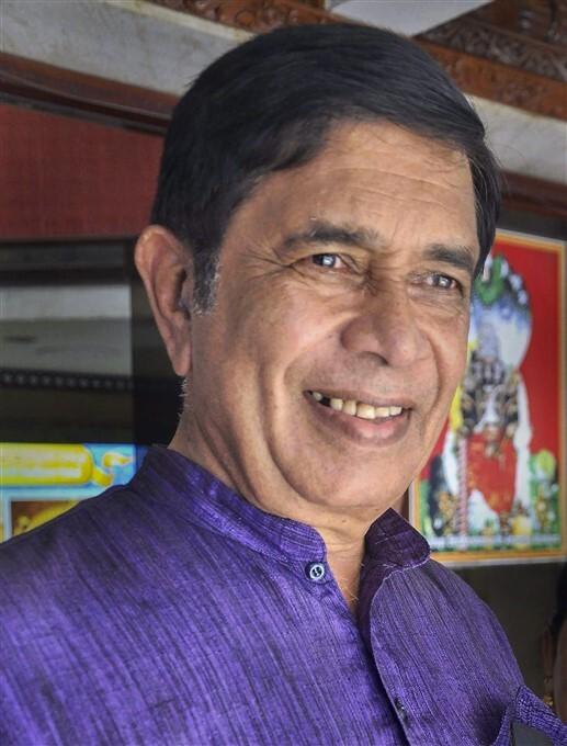 Rare Photos Of Former Union Minister Oscar Fernandes