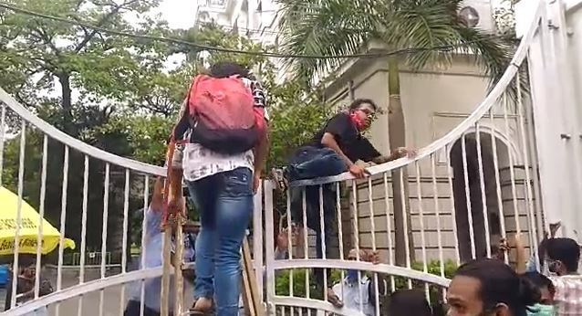 Protests Demanding Immediate Vaccination For Students