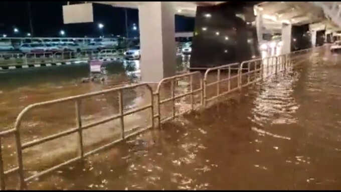 Heavy Rain Lashes And Cause Flooding At Bengaluru Airport