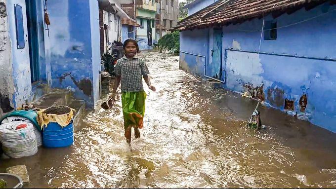News In Photos (1 October 2021) | Photos Of Top News Today - Oneindia Gallery