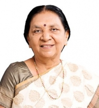 ആനന്ദിബെൻ എം പട്ടേൽ